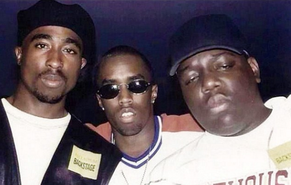 Former LAPD Detective Claims P Diddy Hired Tupac Shakurs Killer Screen Shot 2016 02 04 at 10.40.59