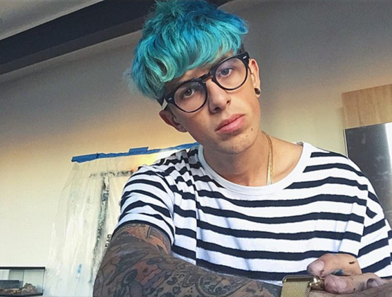 YouTube Prankster Sam Pepper Quits Social Media And Deletes All His Videos Screen Shot 2016 02 22 at 14.10.32