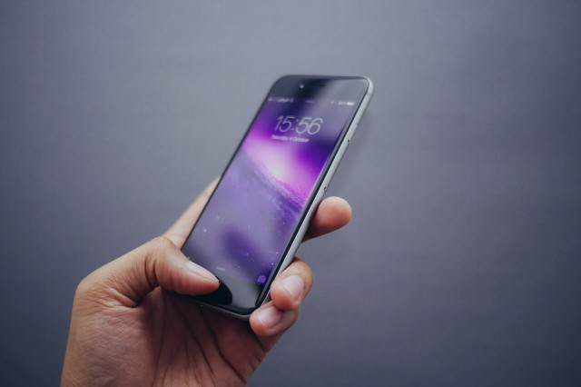 Turns Out Its Surprisingly Easy For Hackers To Access Your iPhone Touch ID 640x426