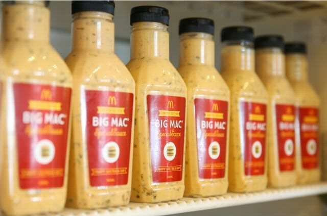 Britains Only Genuine Bottle Of Big Mac Sauce Sold For A Fortune bigmac4