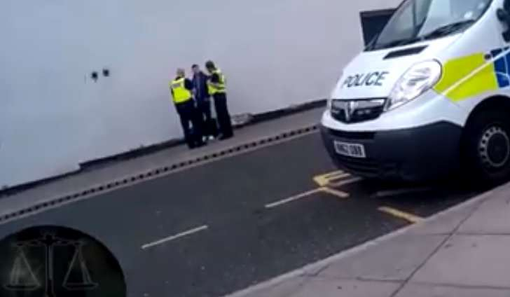 Watch The Moment Vigilante Group Bust Paedophile As He Meets Teen Girl dark justic 1