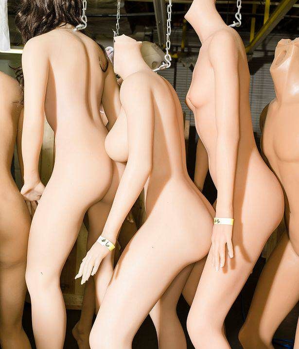 Heres How The Worlds Most Expensive Sex Dolls Are Made doll3