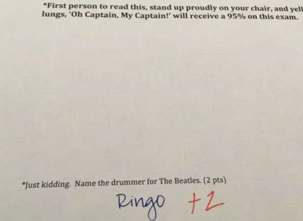 University Professor Puts Amazing Extra Questions On Exam Papers prof7 1