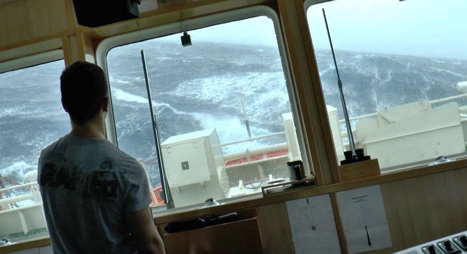 This Terrifying Footage From A Boat During Storm Gertrude Is Insane storm2