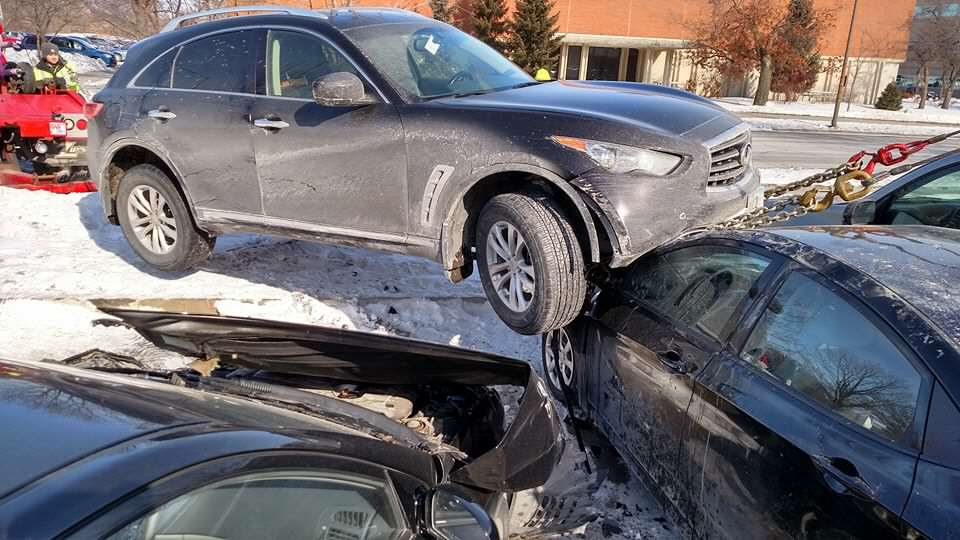 Peoples Reaction To This SUV Crashed On Top Of Cars Proves Humanity Is F*cked suv5