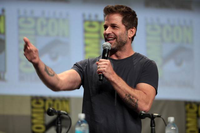 Fans Have Begun A Petition To Kick Zack Snyder Off Future DC Movies After Batman V Superman 14596891527 93baab45dd b 640x426