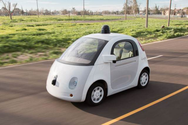 Self Driving Google Car Crashes By Itself For First Time 21798665468 dc3cbeb9cb o 640x426