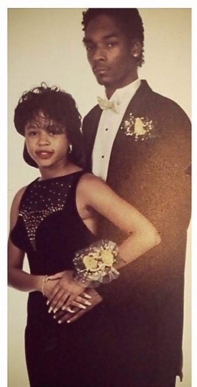These Awkward Celebrity Prom Photos Are Amazing 932855 650 1459255594 1413503375009 wps 15 25 Years strong2