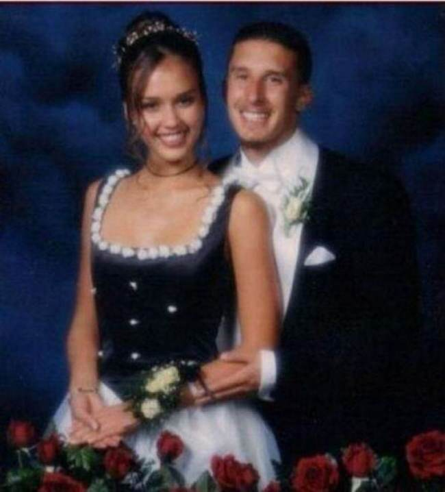 These Awkward Celebrity Prom Photos Are Amazing 933005 650 1459255594 alba