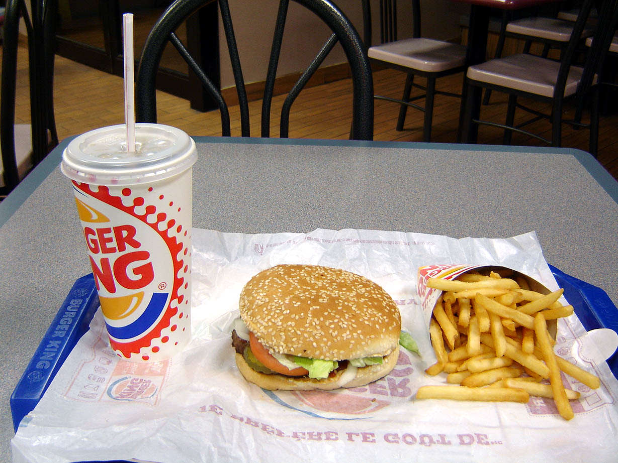 Burger King Given Permission To Start Selling Booze With Its Burgers Burger King Whopper Combo
