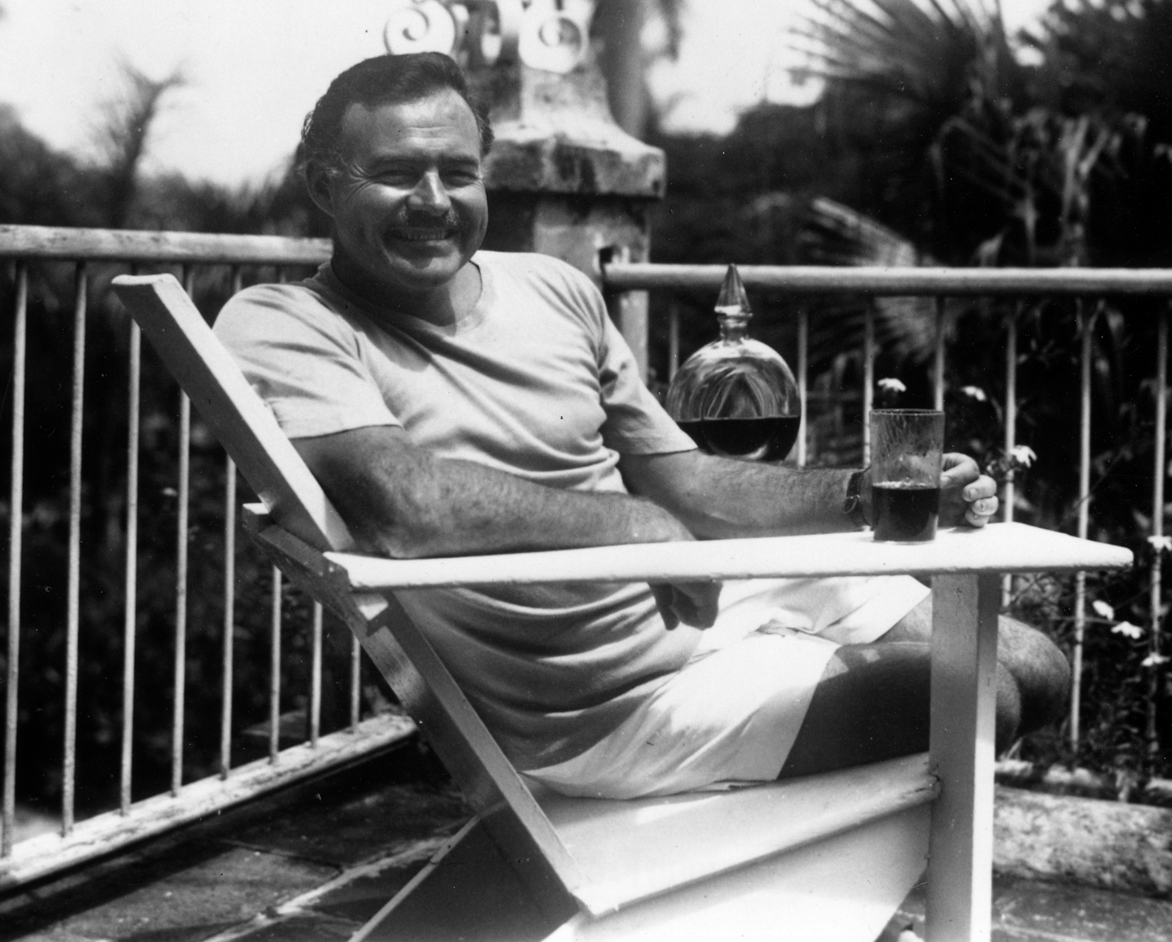 These Are The Four Types Of Drunk People, Which Are You? Ernest Hemingway at the Finca Vigia Cuba 1946 1