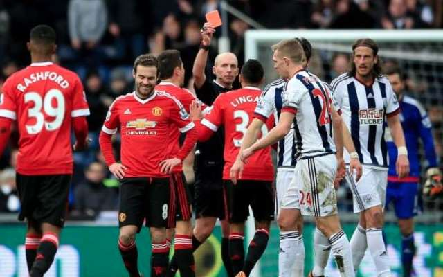 UNILAD Footballs King To C*nt Ometer Of The Week Mata Red Card Caught Offside