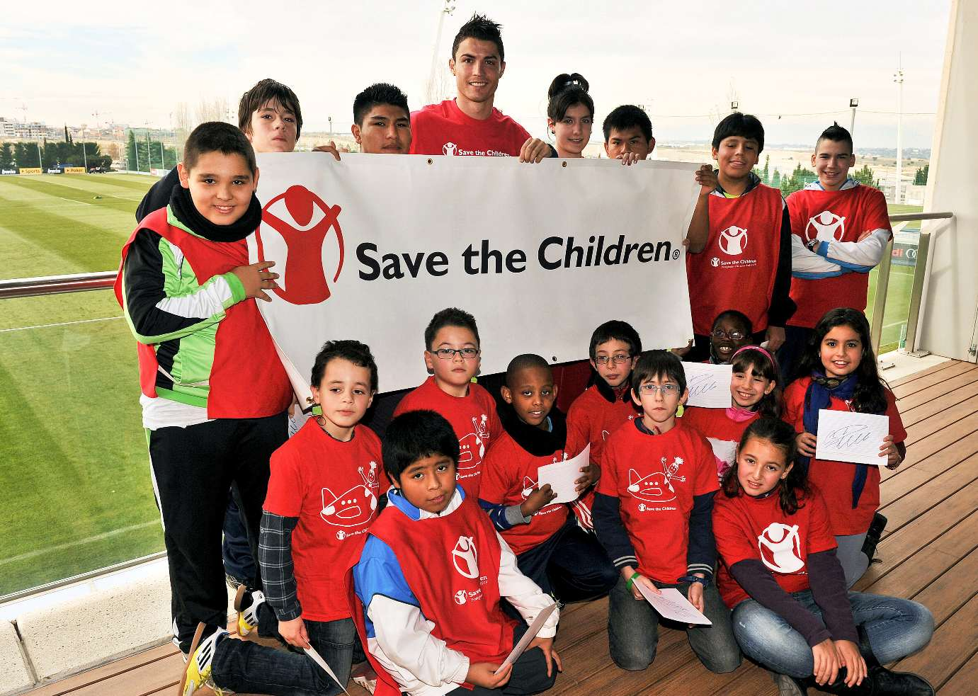 Five Gestures That Prove Some Footballers Have A Heart Of Gold ROnaldo charity