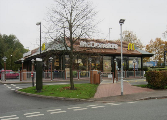 McDonalds And KFC Branches Are Banning Under 18s Without Adult Supervision Screen Shot 2016 03 02 at 11.59.31