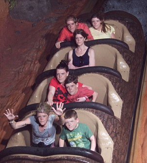 Woman From Angry Splash Mountain Meme Speaks Out Screen Shot 2016 03 11 at 16.22.46