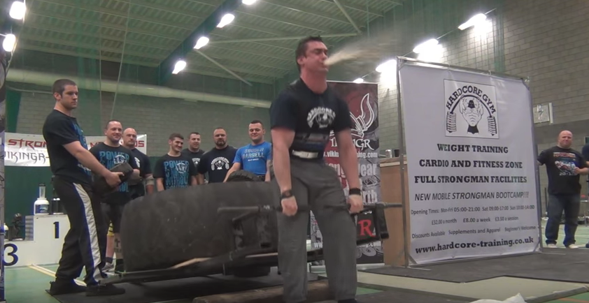 Strongman Repeatedly Projectile Vomits During Deadlift, Carries On Like A Trooper Screen Shot 2016 03 30 at 11.40.33
