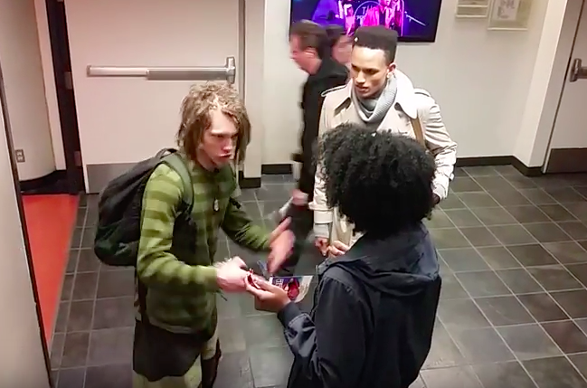 Video Of Black Student Harassing White Guy With Dreadlocks Goes Viral Screen Shot 2016 03 30 at 13.48.21