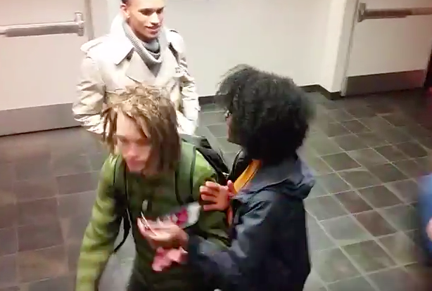 Video Of Black Student Harassing White Guy With Dreadlocks Goes Viral Screen Shot 2016 03 30 at 13.49.07