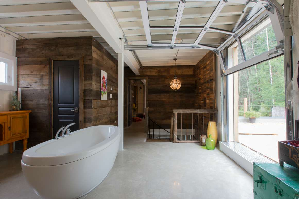 This Woman Built An Insanely Cool Home From A Shipping Container bath