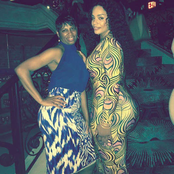 Beyonce Has A Bootylicious Cousin And The Internet Is Going Crazy beyoncecousin2