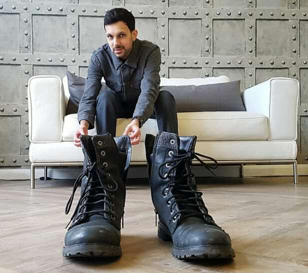 Dynamo Has Revealed The Secrets Behind Some Incredible Illusions dynamo10