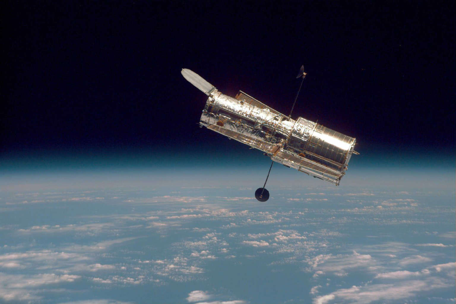 Discovery Of New Galaxy Throws Into Question How The Universe Works hubble44