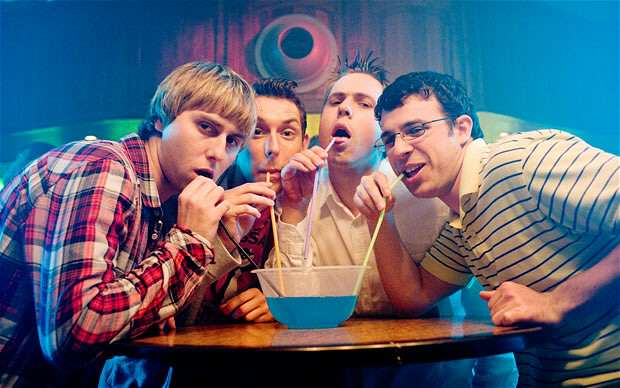 How To Survive As A Millenial And Live Off No Money inbetweeners drink