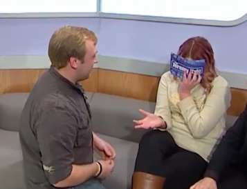 Guy Proposes To His Girlfriend On Jeremy Kyle, Its Horrifically Awkward kyle3
