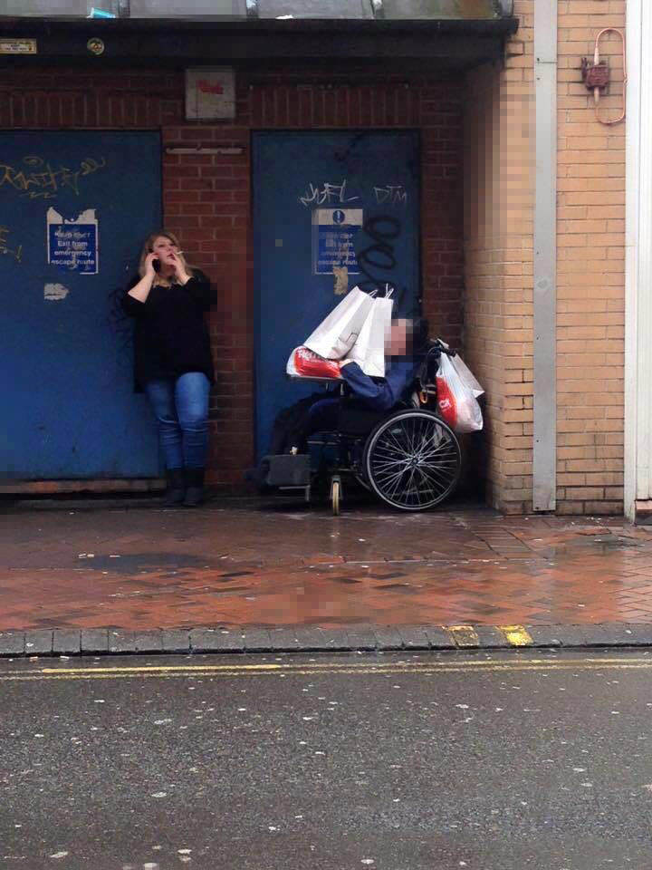 This Photo Of A Support Worker Has Gone Viral For Obvious Reasons mencap copy