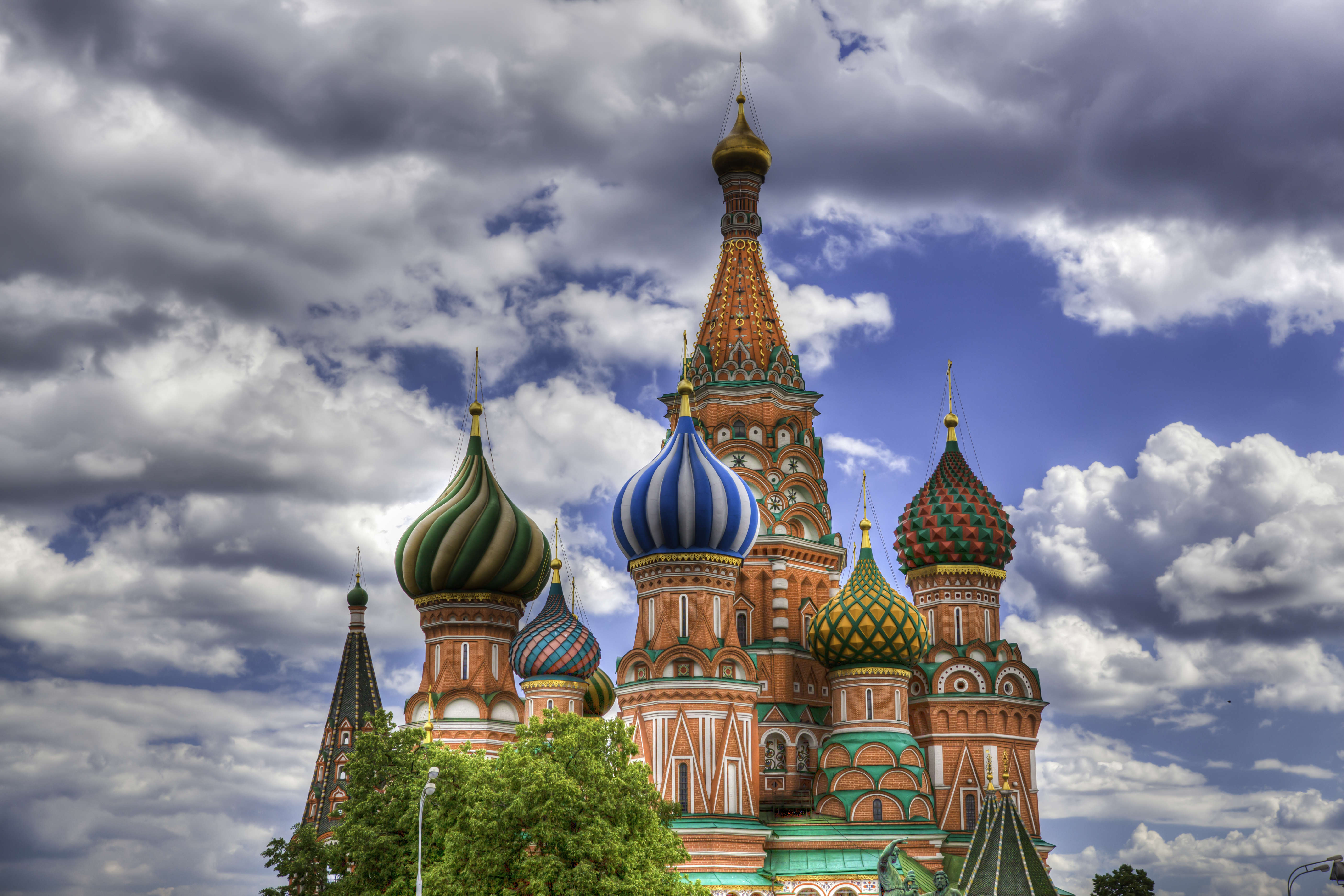 These Are The Cheapest European Cities To Visit This Easter moscow1