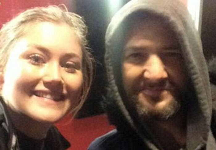 Story Of Homeless Mans Generous Act For Stranded Woman Goes Viral nicole1