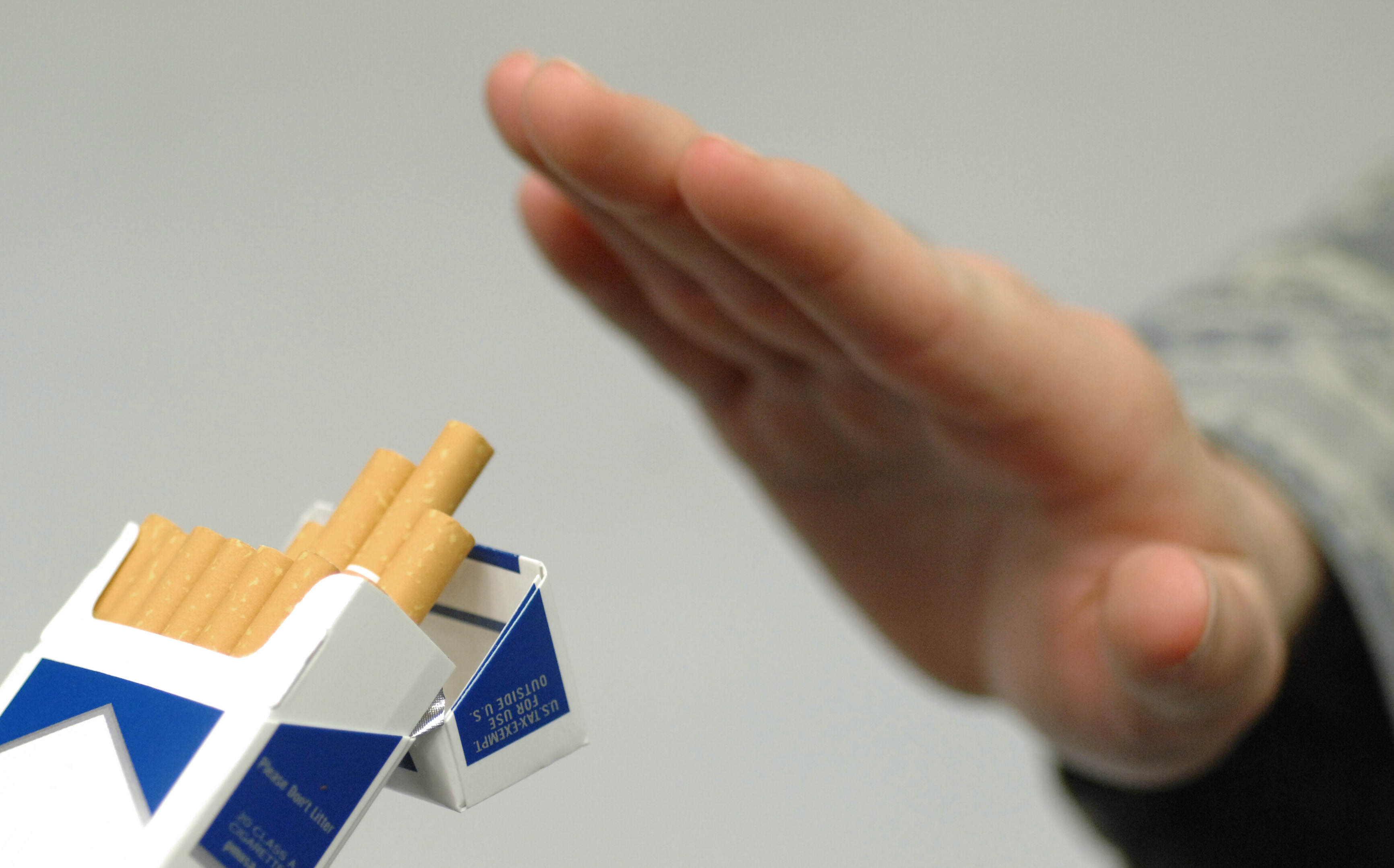 Its Happening, The Age To Buy Cigarettes Is Rising smoking2