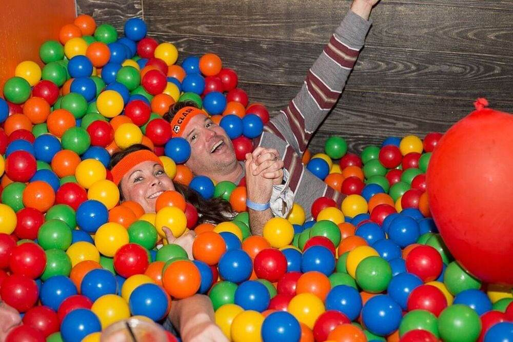 There's Now A Ball Pit Bar For Adults Who Want To Be A Kid Again unspecified 7