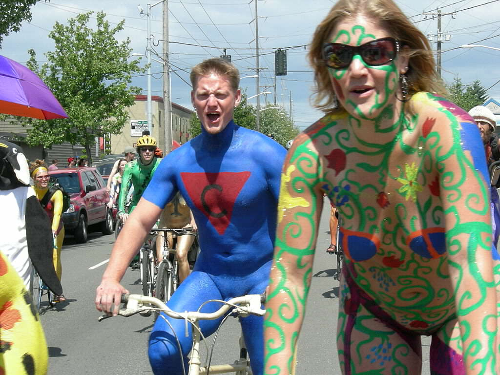 Naked Cyclists Cause Social Media Tsunami, And Not For The Reason Youd Think wikimedia 2