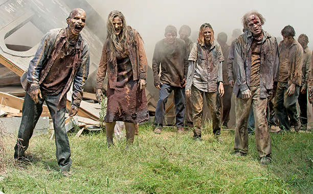 What Is The Best Weapon To Have In The Zombie Apocalypse? zombie3