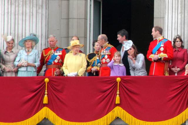 British_Royal_Family,_June_2012