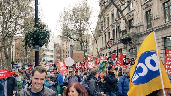 Theres A Huge Protest Going On In London Right Now CgKz8IeWQAA2ua6