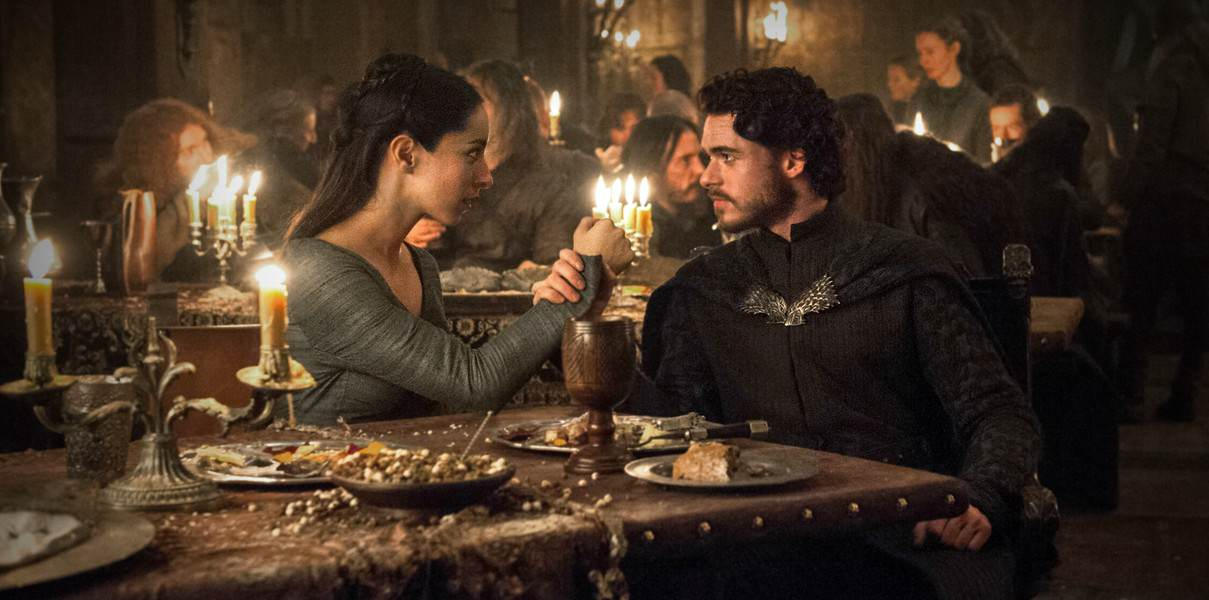 Game Of Thrones Writer Reveals Secrets Of Red Wedding Via Twitter Game of thrones red wedding