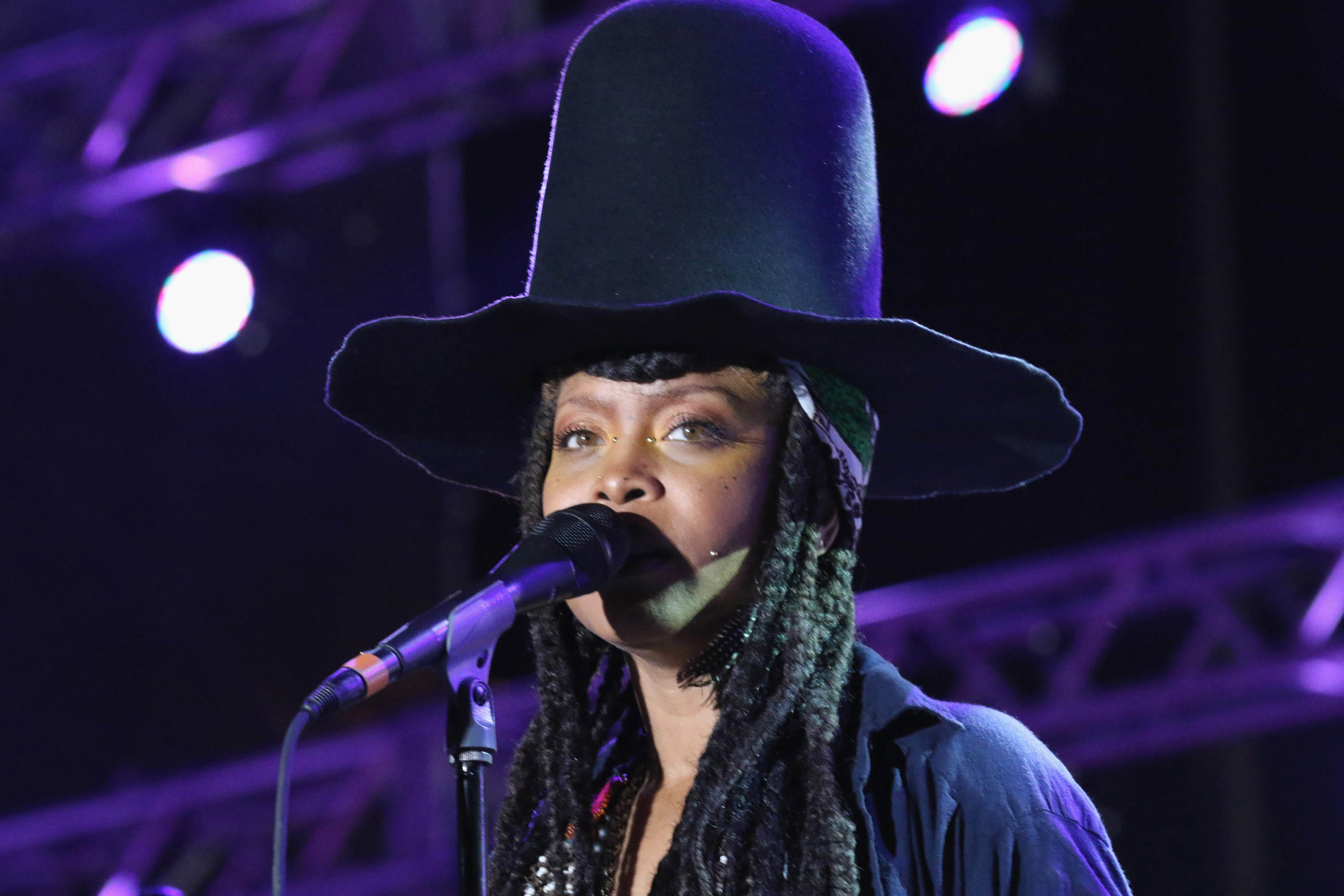 Erykah Badu Sparks Outrage With Victim Blaming Twitter Rant GettyImages 467314948