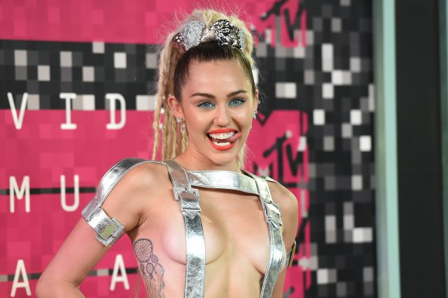 The Internets Losing Its Sh*t Over Miley Cyrus New Tattoo F*ck Up GettyImages 486124812 640x426