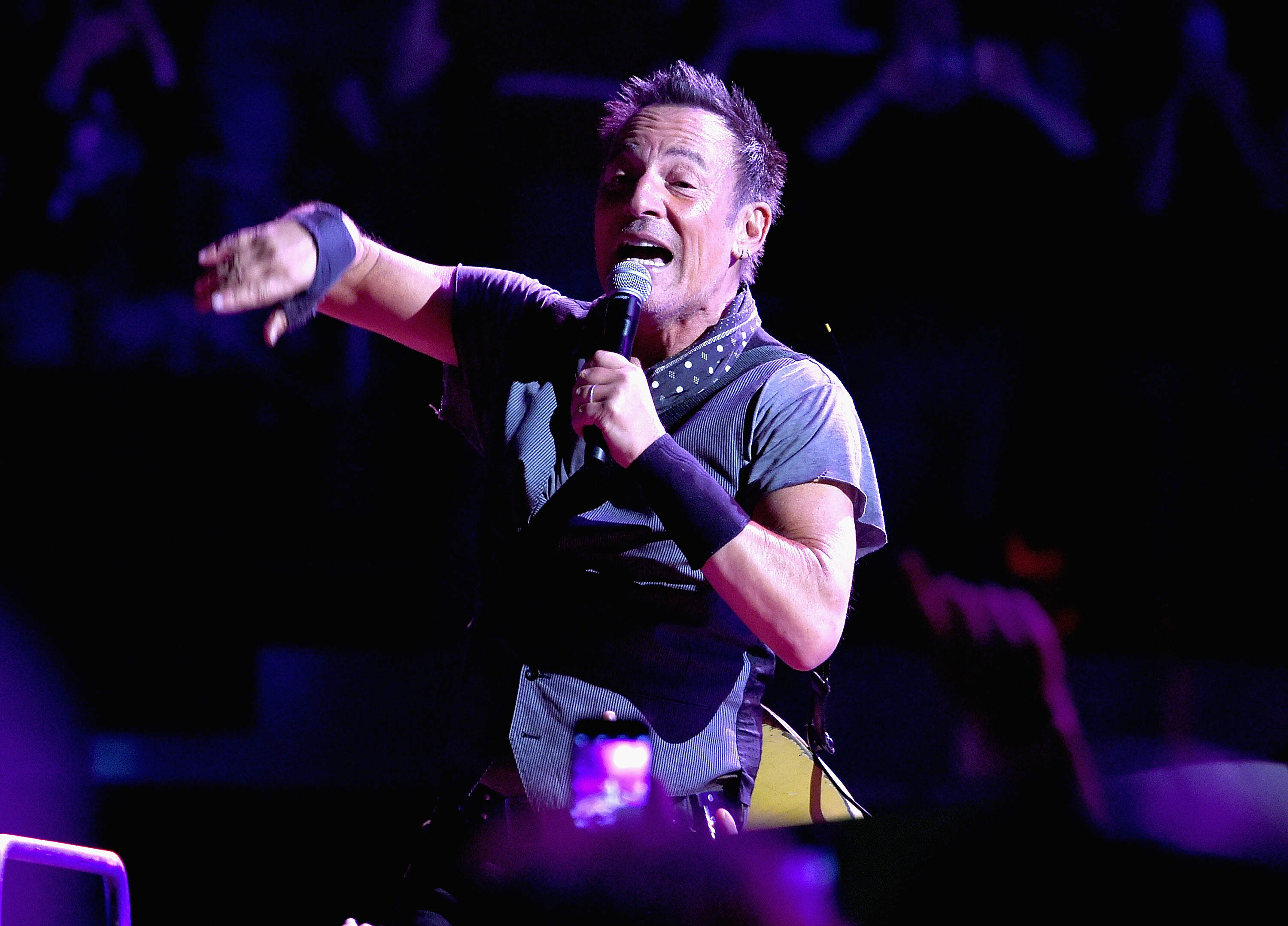 Bruce Springsteen Cancels North Carolina Gig Over Anti LGBT Law GettyImages 517941312