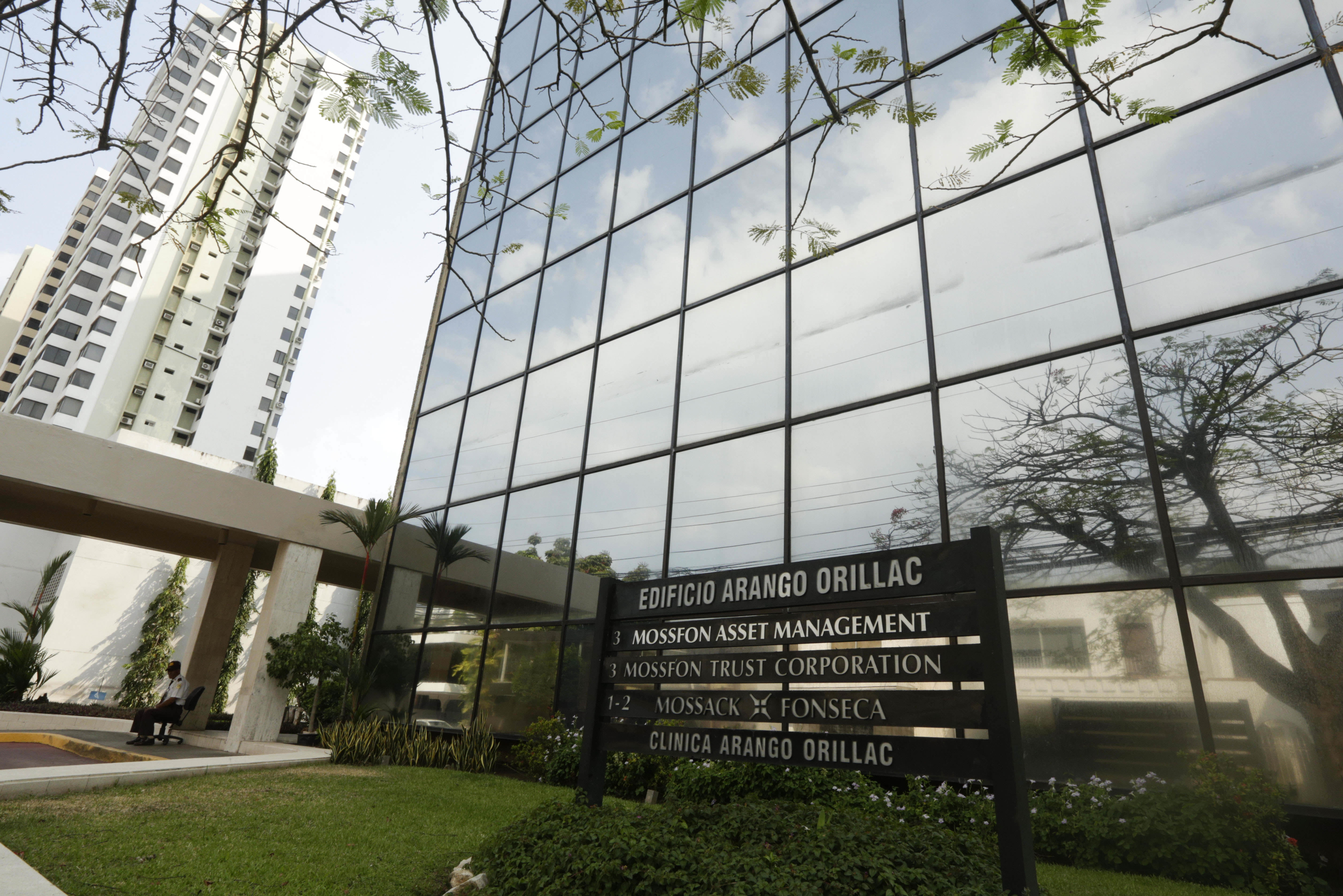 What Are The Panama Papers? A Guide To The Biggest Financial Leak In History PA 25975059