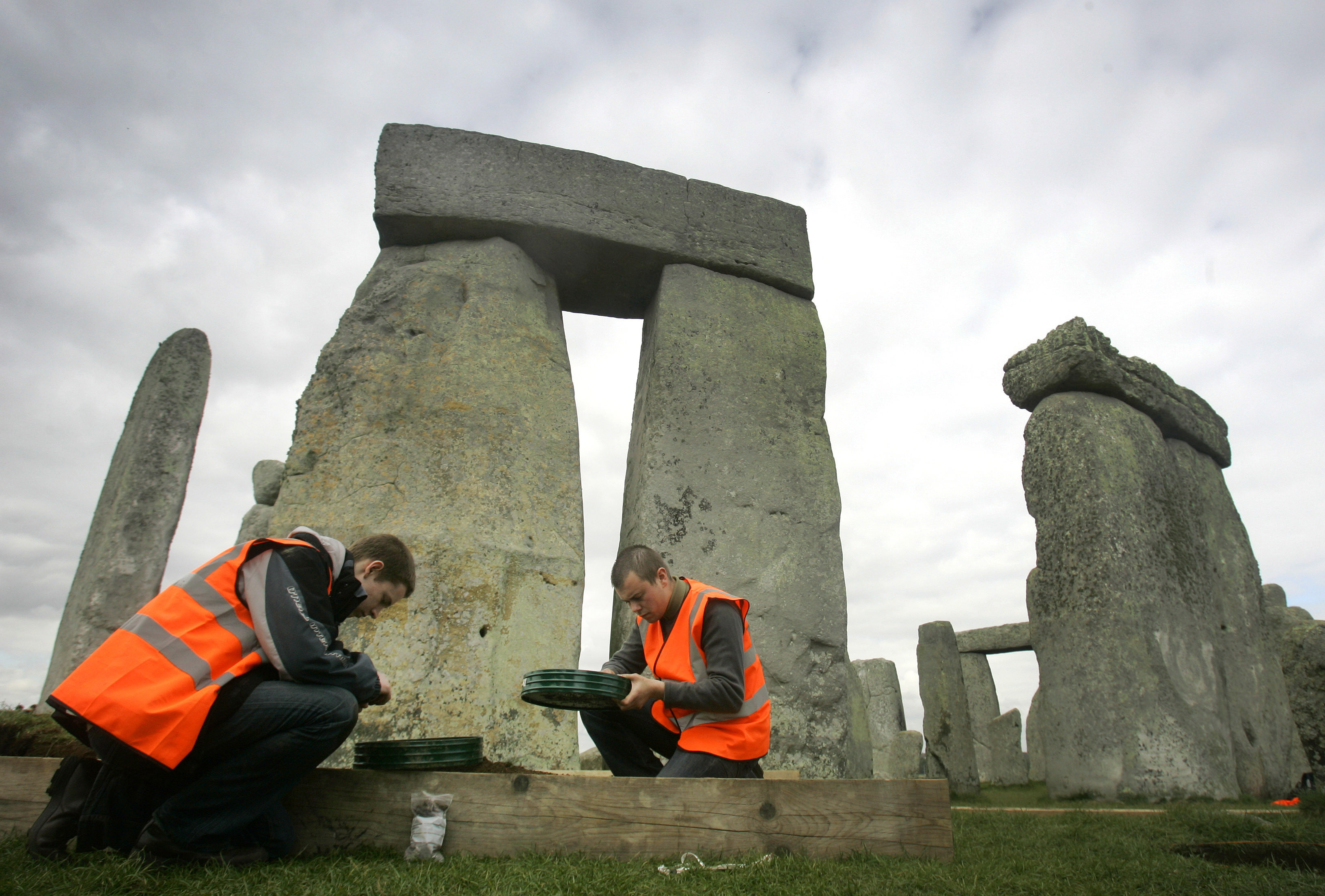 New Study May Have Revealed The Mystery Of StoneHenge PA 6377731
