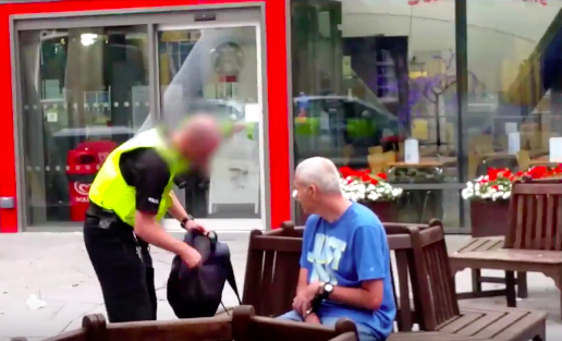 Paedophile Faints After Being Confronted By Vigilante Group Screen Shot 2016 04 05 at 11.43.54