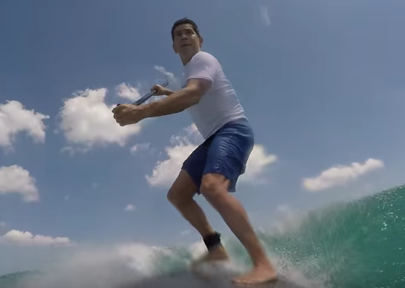 Shocking Moment Paddleboarder Is Knocked Down By A Shark Screen Shot 2016 04 09 at 10.48.16