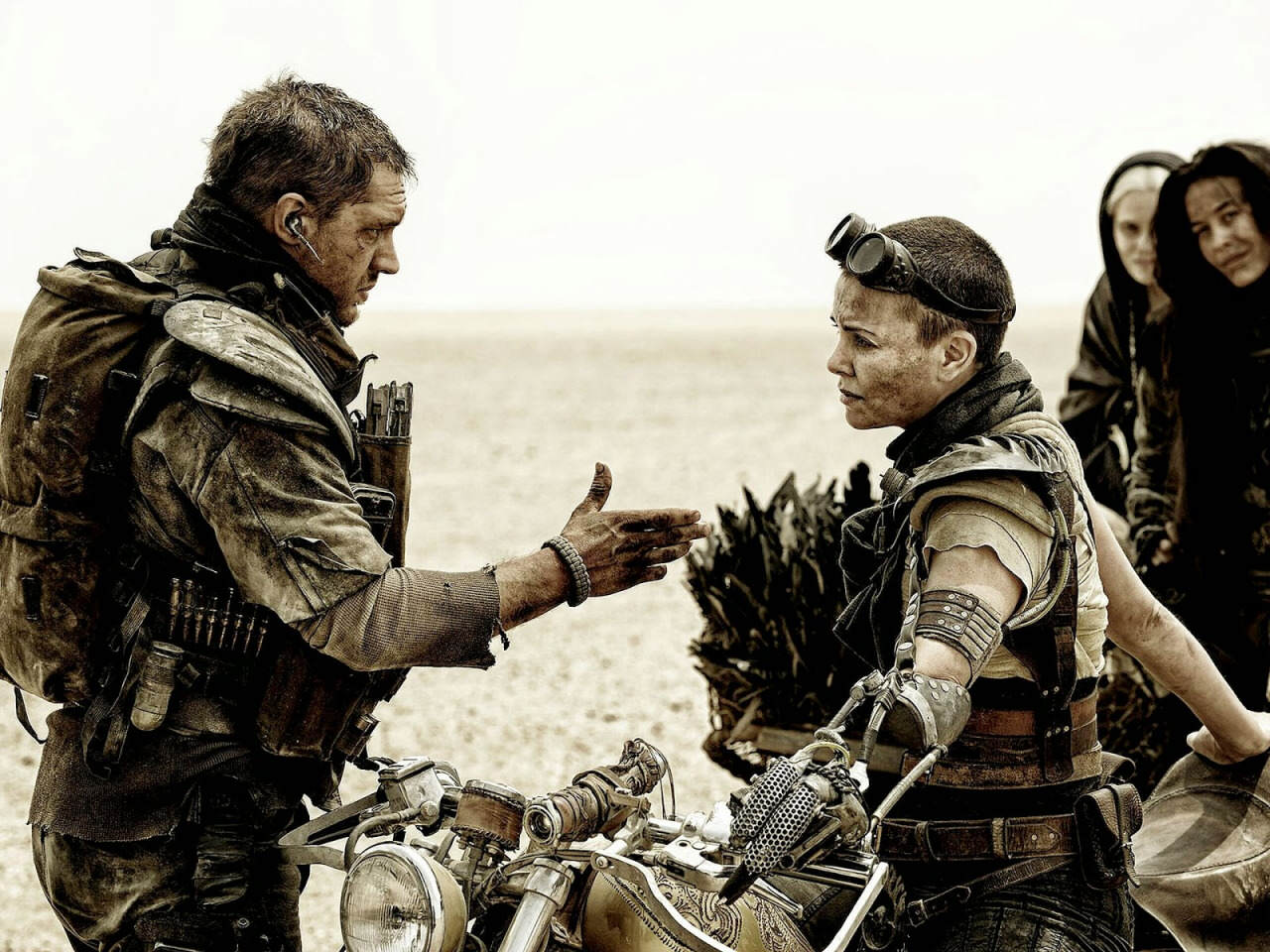 tom hardy and charlize theron in mad mx:fury road
