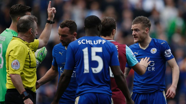 Five Things The Premier League Taught Us This Weekend Vardy Red Card