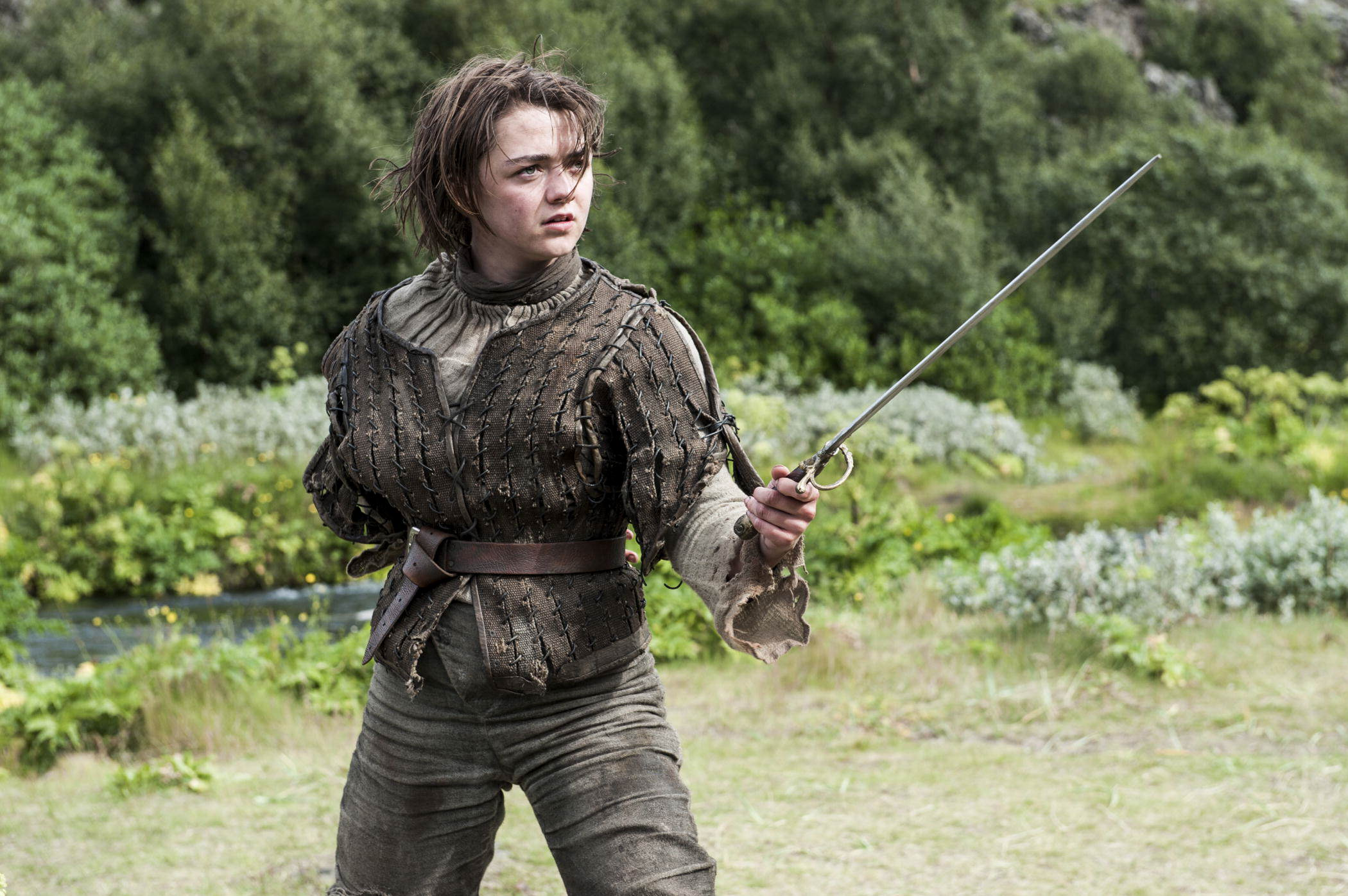 GoT's Maisie Williams Explains Why We Should Stop Using The Word Feminist arya