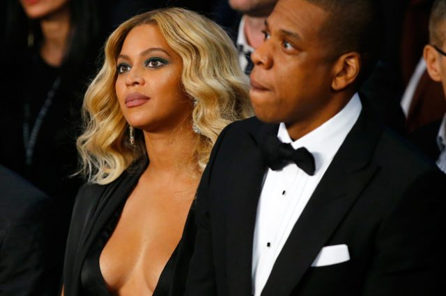 Beyonces New Album Has Everyone Asking If Her And Jay Z Are Splitting beyonce fb 640x426