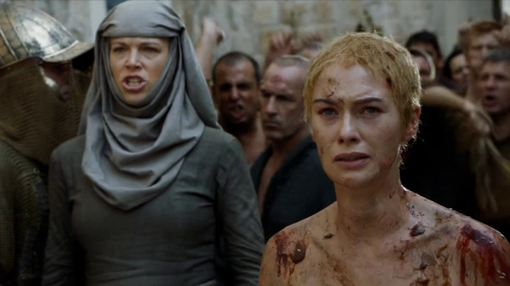 Cersei Lannister Is Getting Body Shamed For The Most Ridiculous Reason cerseip